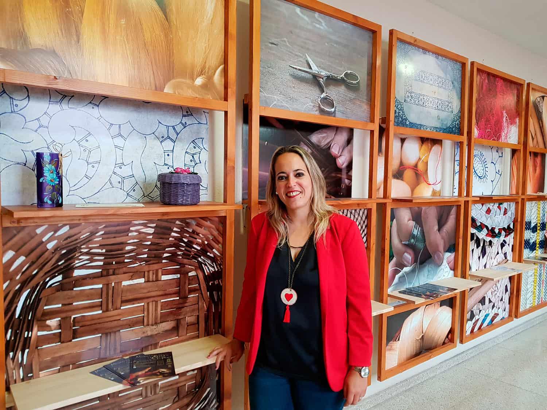 El Cabildo pone en marcha un punto de exposición y venta de productos artesanos durante el verano