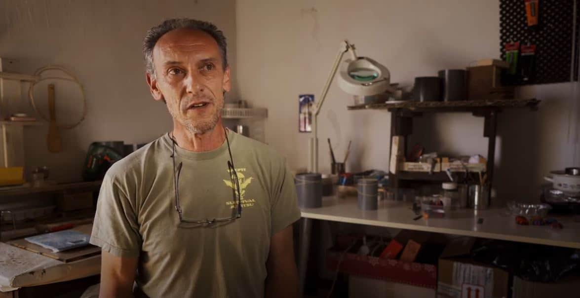 Daniele Zinetti, artesano en el oficio de cerería en La Palma
